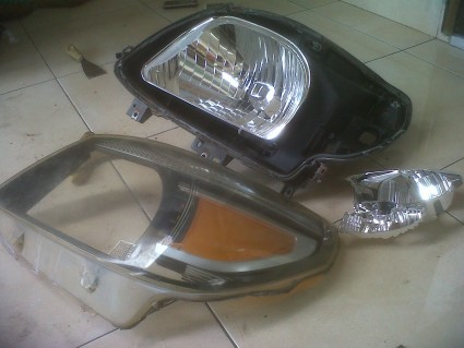 belah headlamp